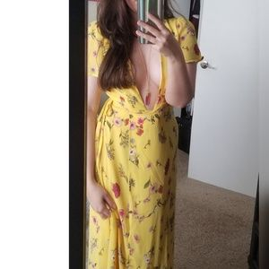 Dresses & Skirts - NEW // Canary Yellow Wrap Floral Dress